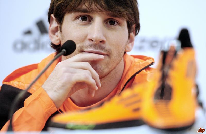 Football-Lionel-Messi-2011