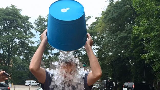 ice-bucket-challenge-jpg